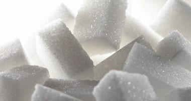 باحث هولندى: السكر لا يقل خطورة على صحة الإنسان من السجائر والكحول