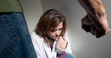 استشارى علاقات زوجية: البعد عن الجدل والاستفزاز يجنب الزوجين