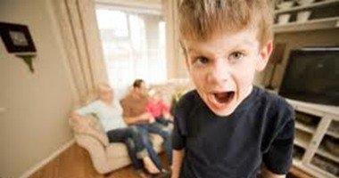 أخصائى مخ: شرود طفلك المتكرر قد يعكس إصابته بالصرع