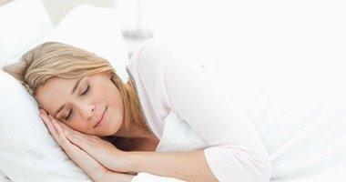 لماذا ترتفع نسبة السكر فى الدم عند الاستيقاظ من النوم؟