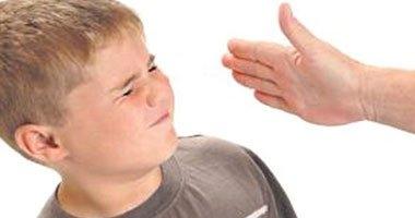 تعرف على الأضرار الناتجة عن ضرب الأطفال