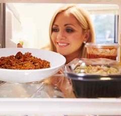 لهذه الأسباب لا تخزني الطعام «البايت» في الفريزر ولا تقدميه لأسرتك