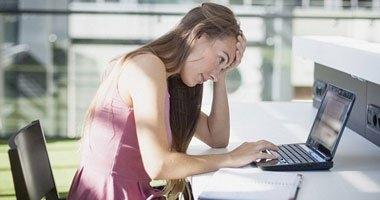الأشخاص الذين يعانون من الأرق أكثر حساسية للشعور بالألم