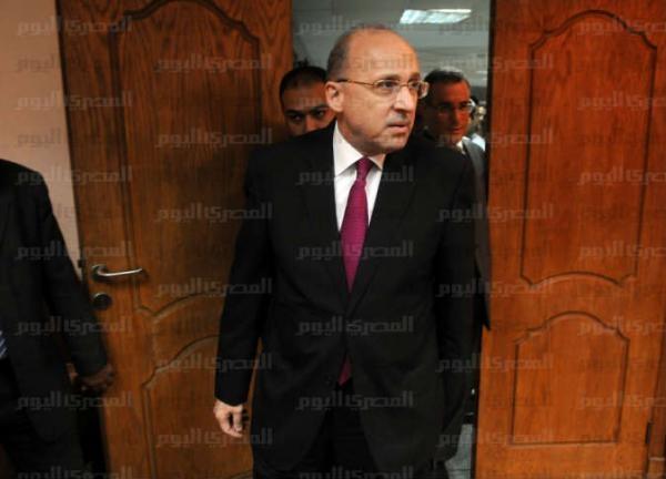 «الصحة» تحيل مدير ووكيل مستشفى الصدر بالمنصورة للشؤون القانونية