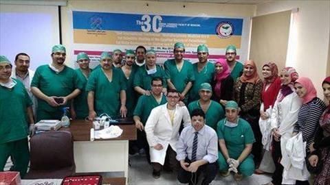 لأول مرة بمصر وعلى الهواء مباشرة.. إجراء جراحة لاستبدال صمام بالمنظار الصدري بجامعة طنطا