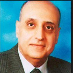 دكتور محمد لطفي