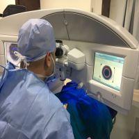 د. نور الدين حسين إستشارى جراحات الشبكية والليزك